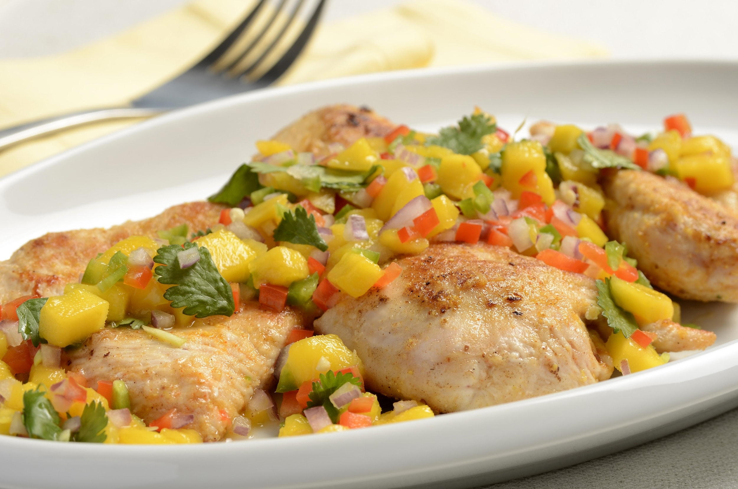 Pan Seared Chicken Breast With Mango Salsa Granny S Poultry